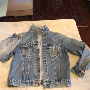 Authentic Levi's jean jacket from 1977